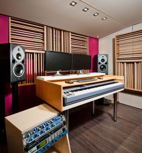 Studio_SS2.jpg