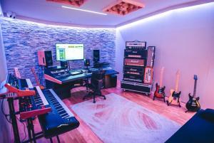 The Cosmosonic Studios 04.jpg